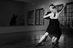 bigstock_two_ballroom_dancers_practicin_1537259